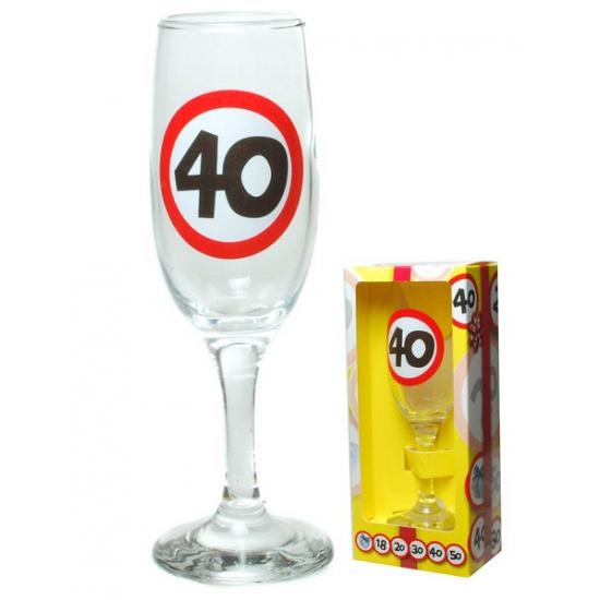 Champagne glas 40 jaar in gift box (bron: Oranjediscounter)