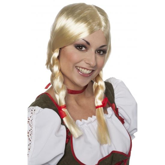 Tiroler pruik Greetje voor dames (bron: Oranjediscounter)