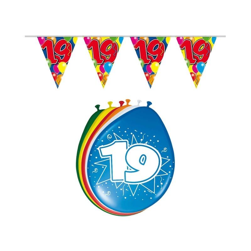 19 jaar geworden feestartikelen voordeel set