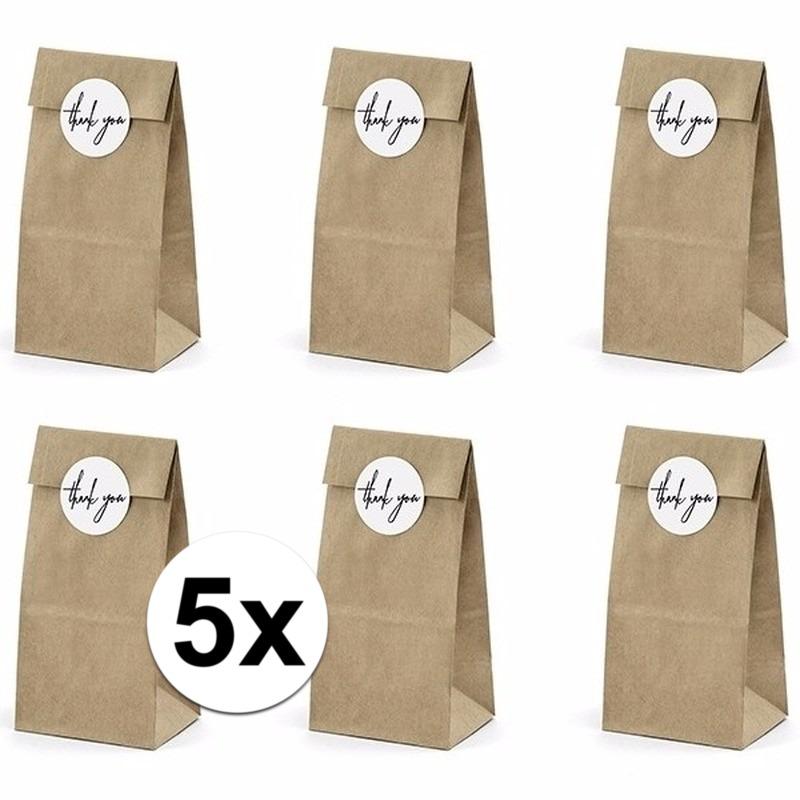 30x bruiloft papieren zakjes met stickers. pakketje van 6 papieren zakjes inclusief 6 stickers. leuk om de ...