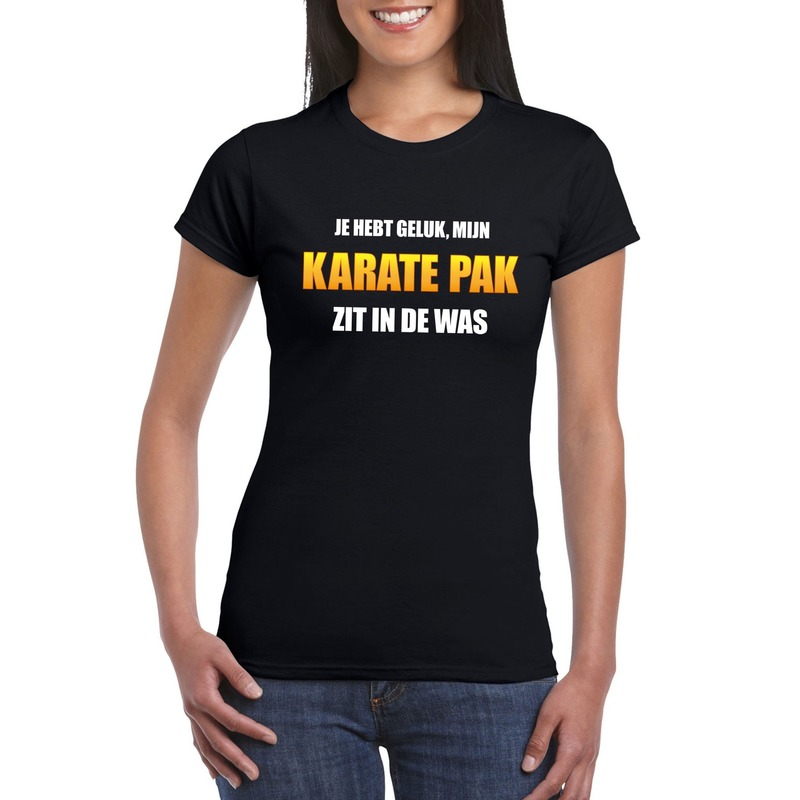 Fun t-shirt karatepak in de was zwart voor dames
