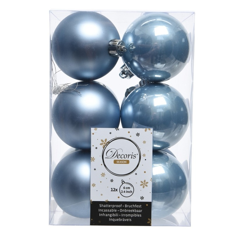 IJsblauwe kerstballen van kunststof 6 cm
