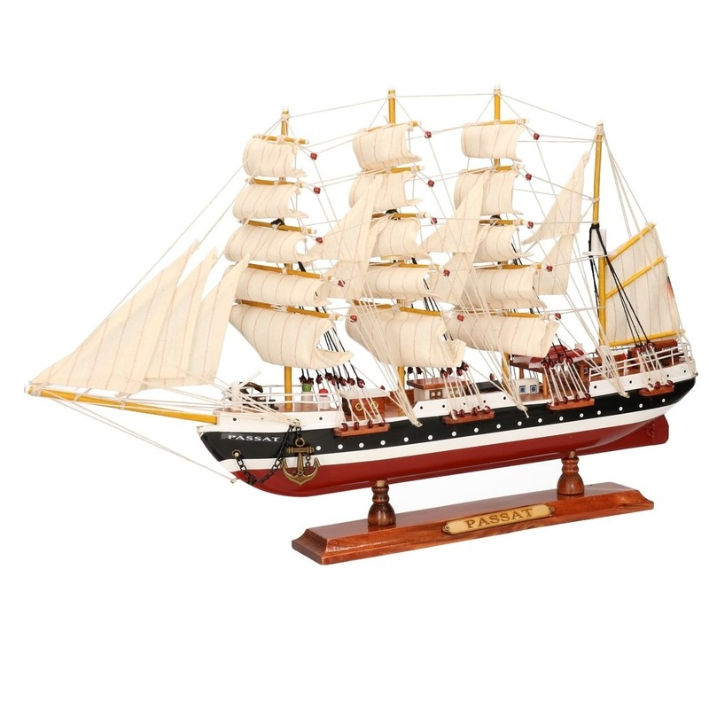 Miniatuur replica Passat 50 cm