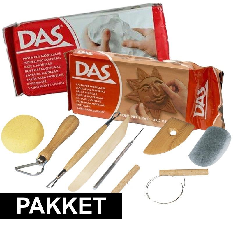 Pakket klei met boetseer materialen