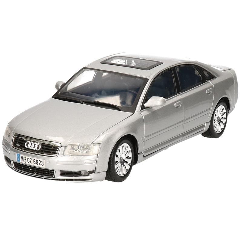 Schaalmodel Audi A8 sedan 1:18
