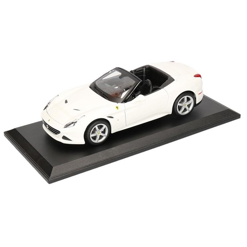 Schaalmodel Ferrari California T wit cabrio 1:18