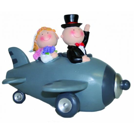 Spaarpot bruidspaar in vliegtuig