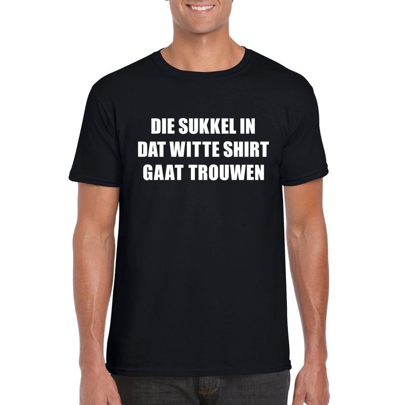 Vrijgezellen t-shirt vrienden/ Die sukkel gaat trouwen zwart heren